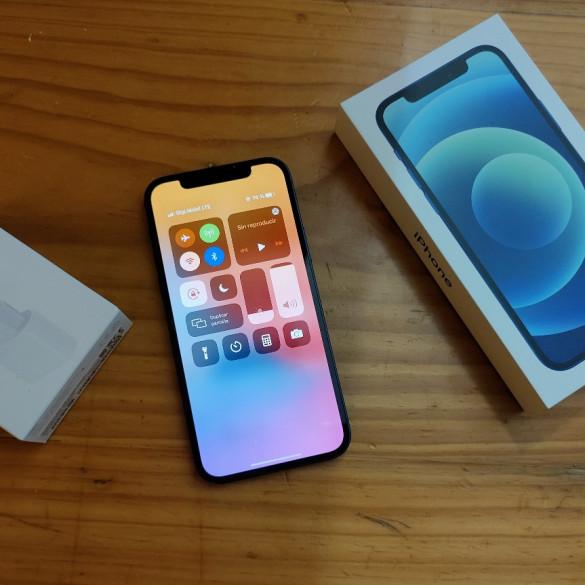 El iPhone 12 sufre un problema de tinte verde